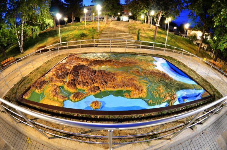 Картата през нощта :)